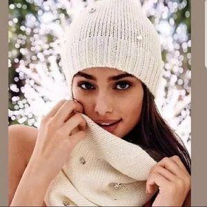Victoria's Secret Rhinestone Hat and Scarf Set New